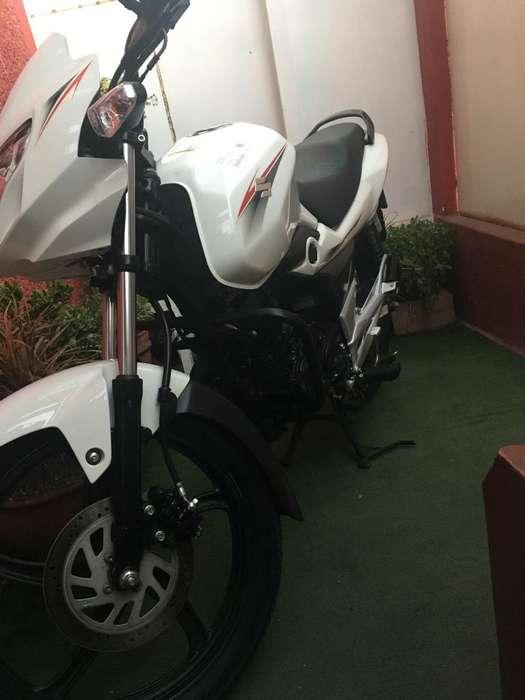 Moto Suzuki Poco Recorrido