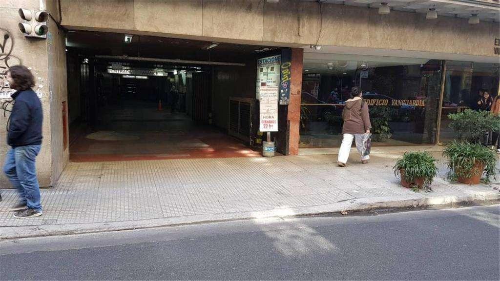 Viamonte  700 - UD 23.000 - Cochera en Venta