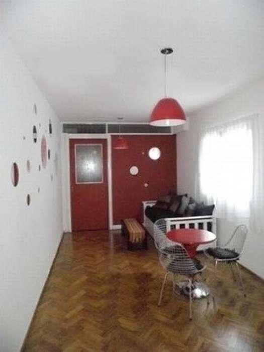 Alquiler Temporario Monoambiente con división, Suipacha y Corrientes, Centro