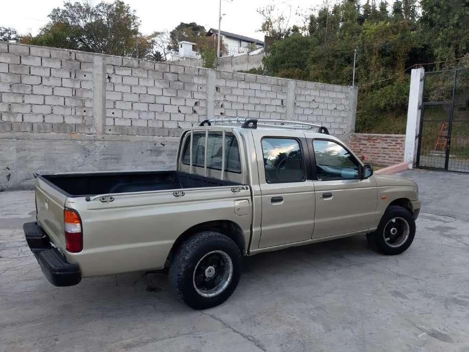 Mazda B 2200 2003 - 328000 km