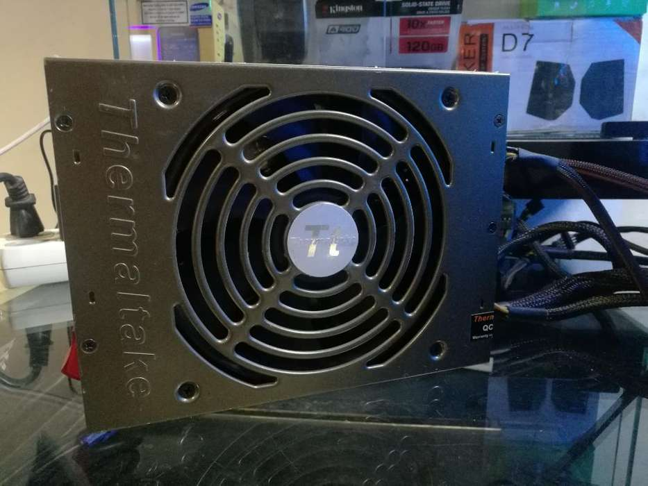 Fuente Real Thermaltake 1200 Watts