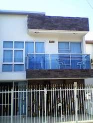 Aluminio arquitectónico Trabajos en aluminio Vidrio templado, balcones, acero inoxidable