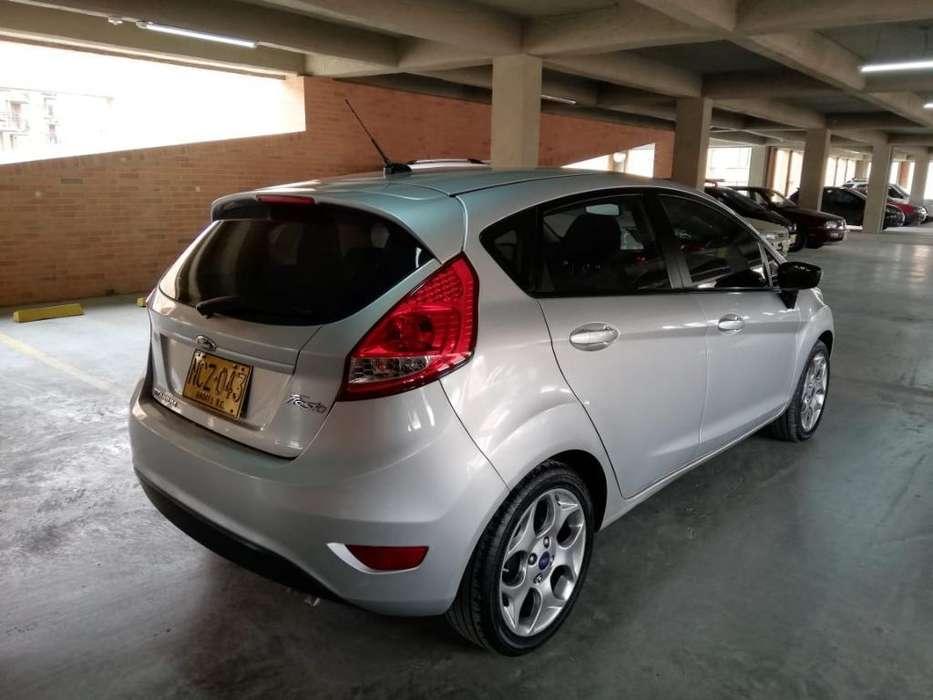 Ford Fiesta  2013 - 99500 km