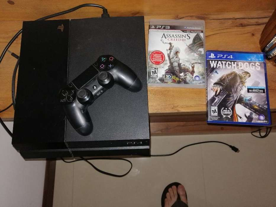 Play Station 4 Poco Uso