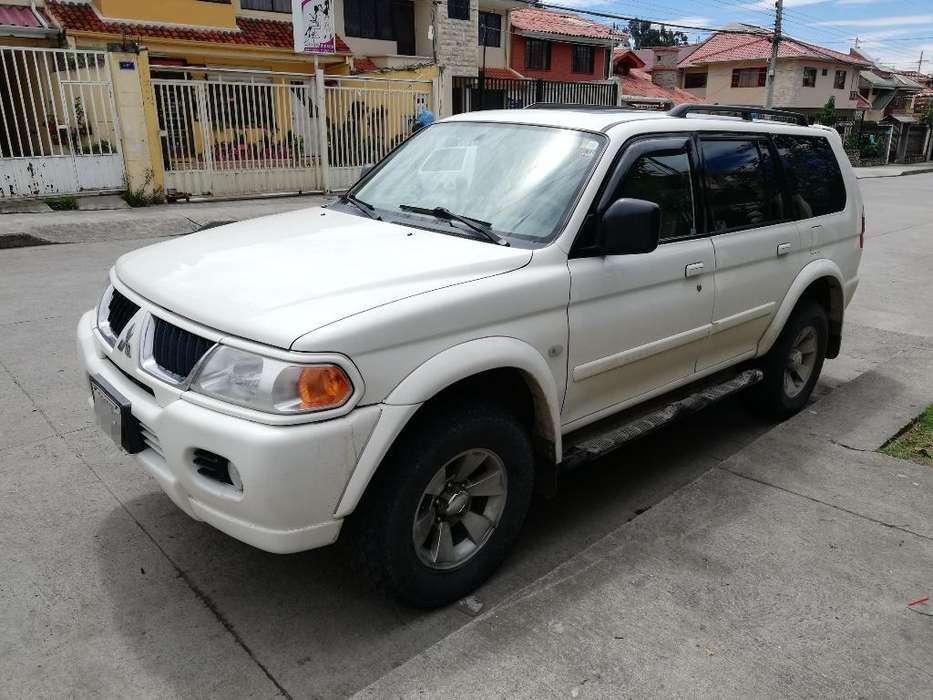 Mitsubishi Montero 2005 - 195000 km