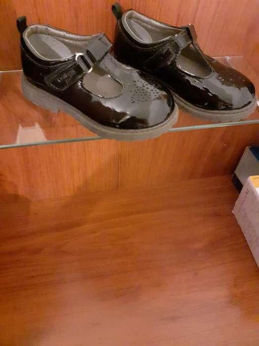 Hermosos Zapatos Como Nuevos Talla 23