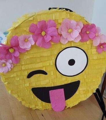 Piñatas Emoji Y Otros Motivos Desde