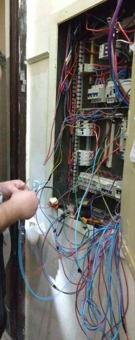 Electricistas matriculados en Villa urquiza 112250.0653 Electricsur