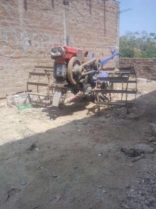 Vendo mula mecanica poco uso