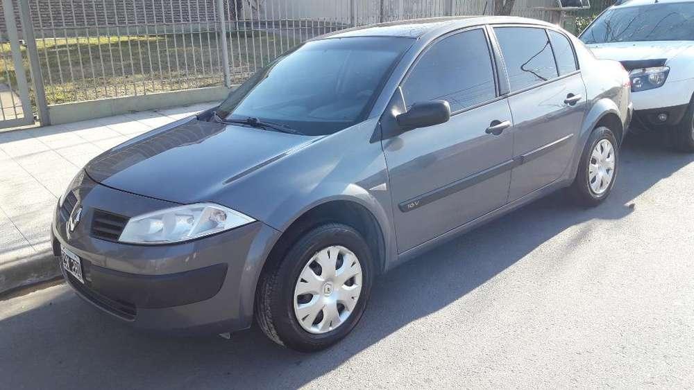 Renault Megane II 2010 - 150000 km