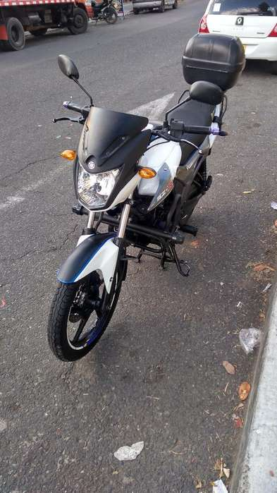 Sz-r 150 <strong>yamaha</strong>