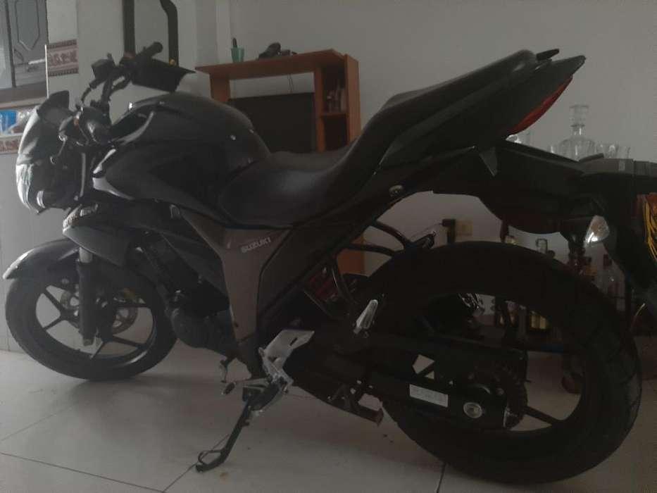 Vendo Gixxer 150 Tel 3104063694