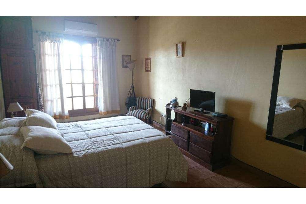 Casa en venta 4 dormitorios cochera Gonnet