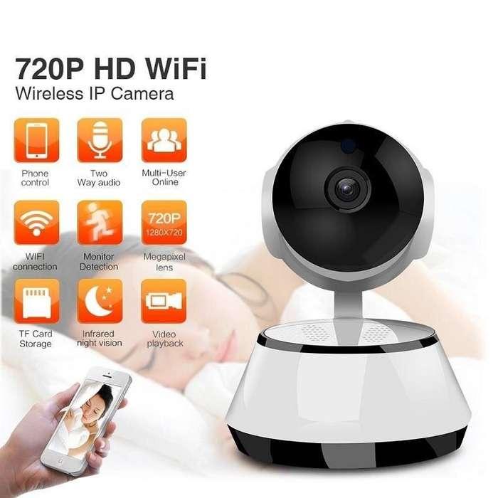 Vigila a tu bebé o todo lo que pasa en tu lugar con esta cámara inalámbrica