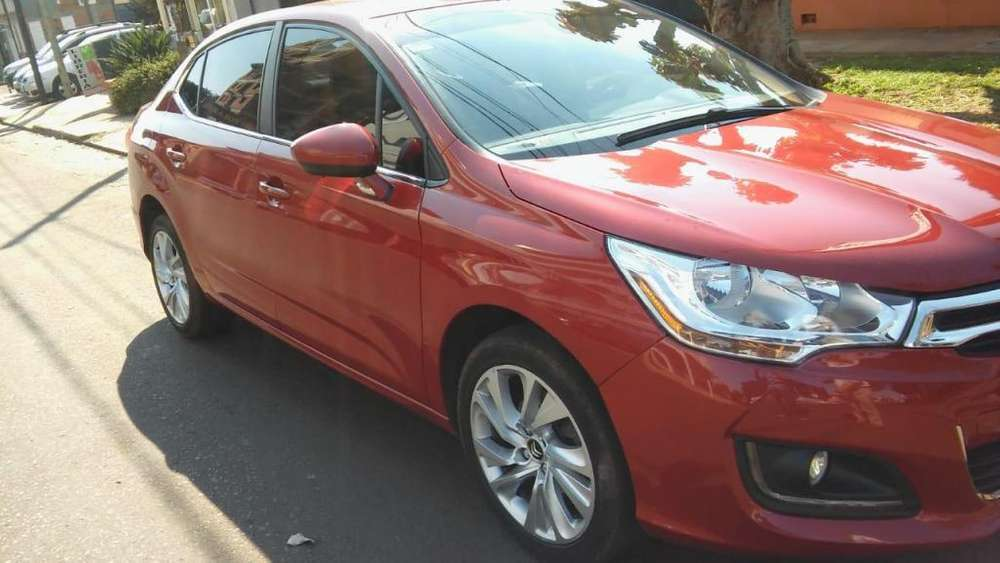 Citroen C4 Lounge 2016 - 27000 km