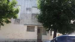 Venta casa en V.Constitución casa de 2 plantas 2 dormitorios, lavadero y terraza