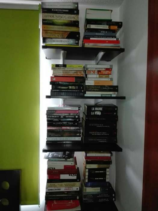 Colección de 70 Libros