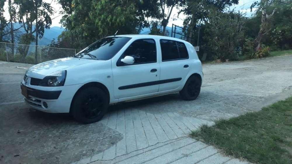 Renault Clio  2006 - 191100 km
