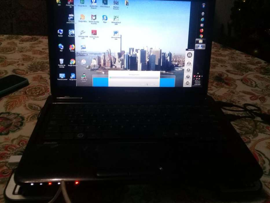 Laptop Toshiba I3 500