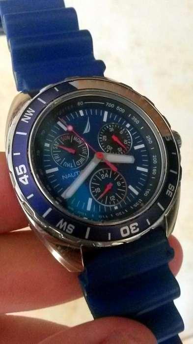 Reloj Nautica Original, Azul Unisex, Usado Muy Poco, Estado 9 de 10
