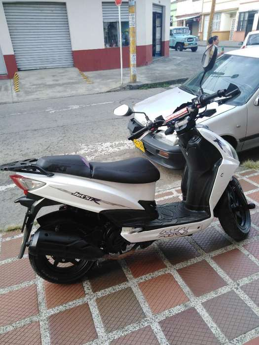 Full Moto Jet 5 2016 Perfecto Estado