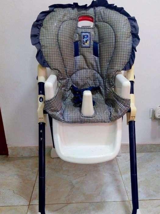 Vendo <strong>silla</strong> Comedor Excelente Estado