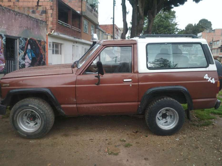Nissan Patrol  1984 - 400000 km