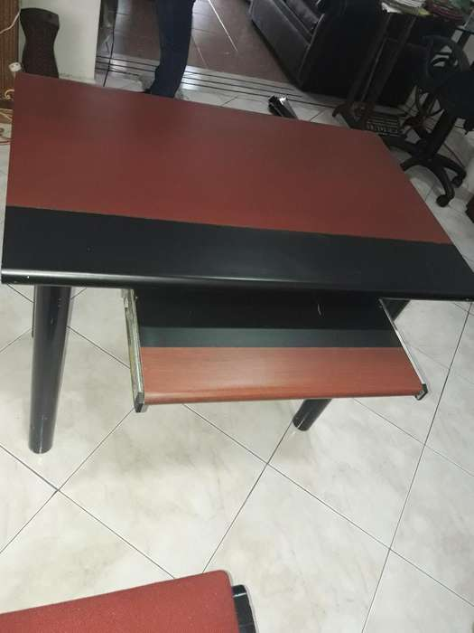 <strong>escritorio</strong> Y Silla Segunda Buen Estado