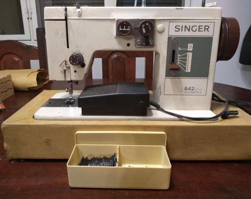 Maquina de coser singer 842