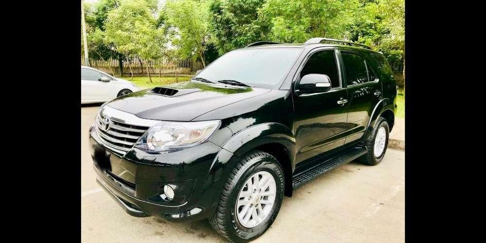 Toyota Fortuner 2014 - 65000 km