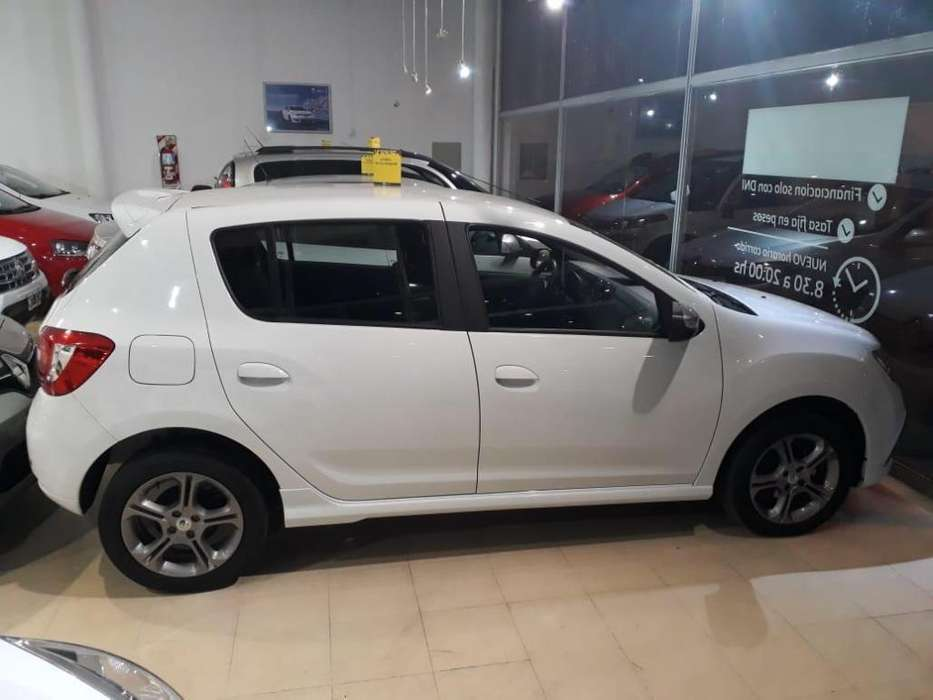 Renault Sandero 2017 - 14000 km