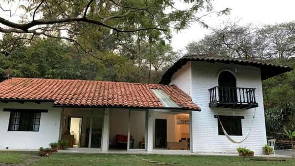 Alquilo Casa Cucardas