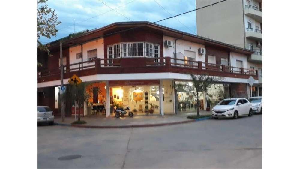 3 De Febrero Y Gral Paz 100 - 27.000 - Local Alquiler