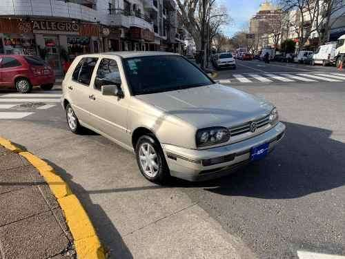 <strong>volkswagen</strong> Golf 1996 - 161000 km