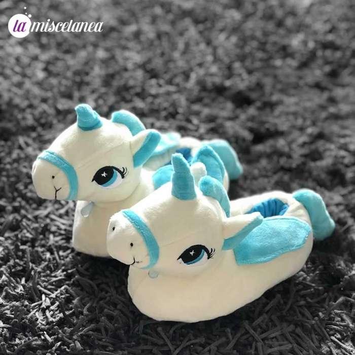 Pantuflas de unicornio talla 24