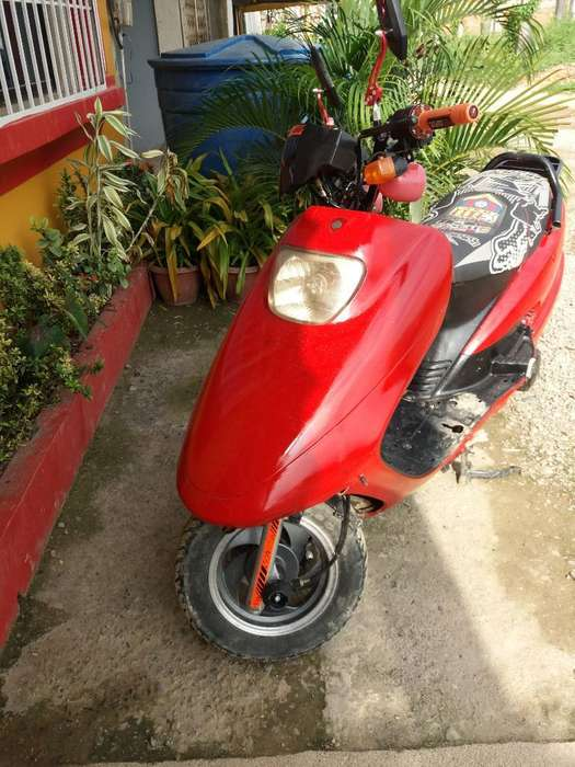 Vendo <strong>motoneta</strong> 150cc