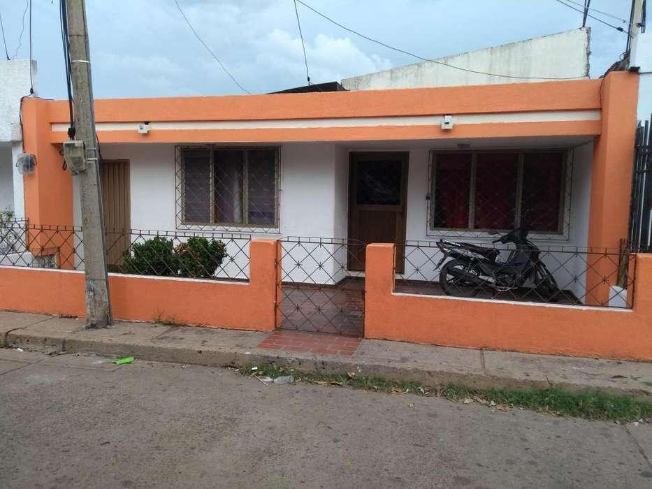 CASA BARRIO GUATAPURÍ, CEL 318 335 4249