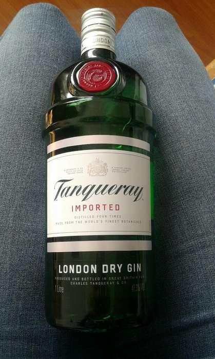 Vendo Botella de Gin Marca Tanqueray