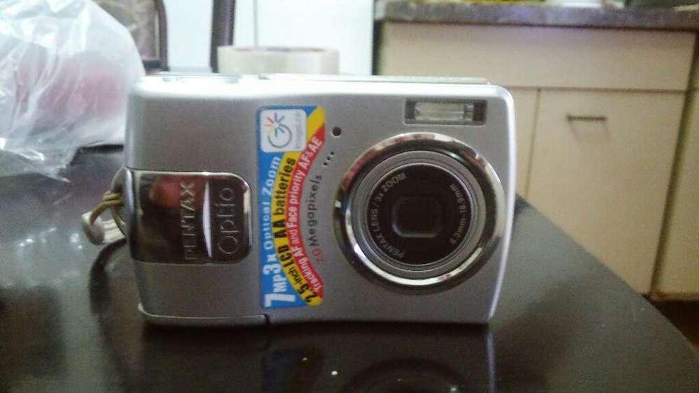 Vendo Camara de Fotos Digital