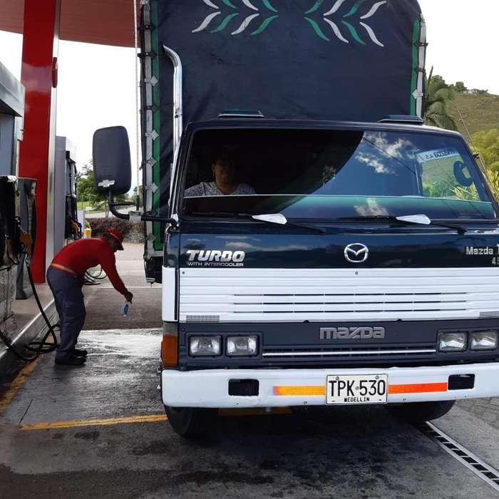 Se vende o permuta por camion, SE ENCIMA