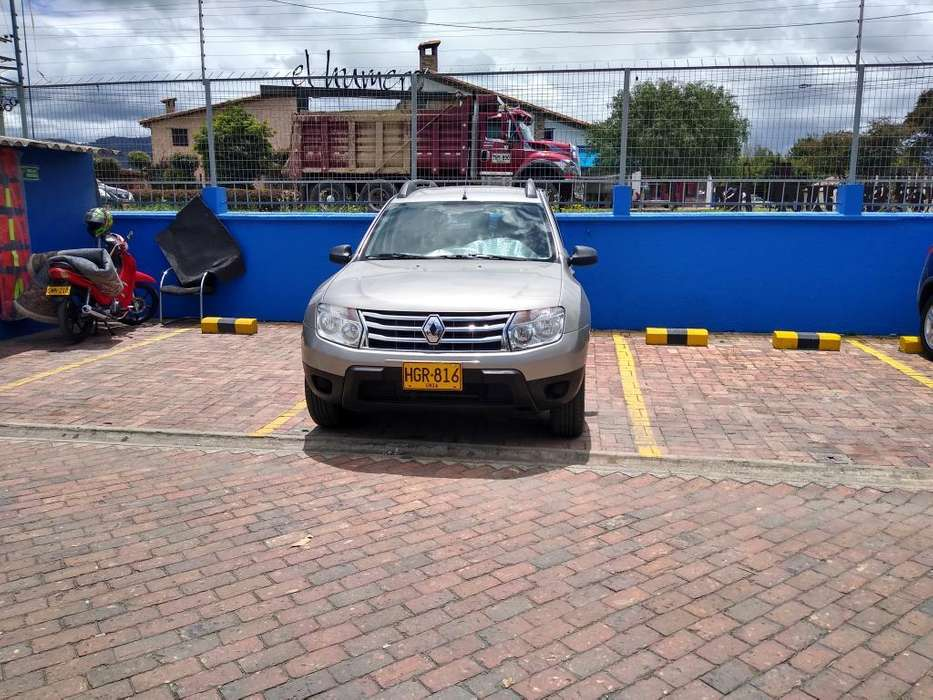 Renault Duster 2014 - 83000 km
