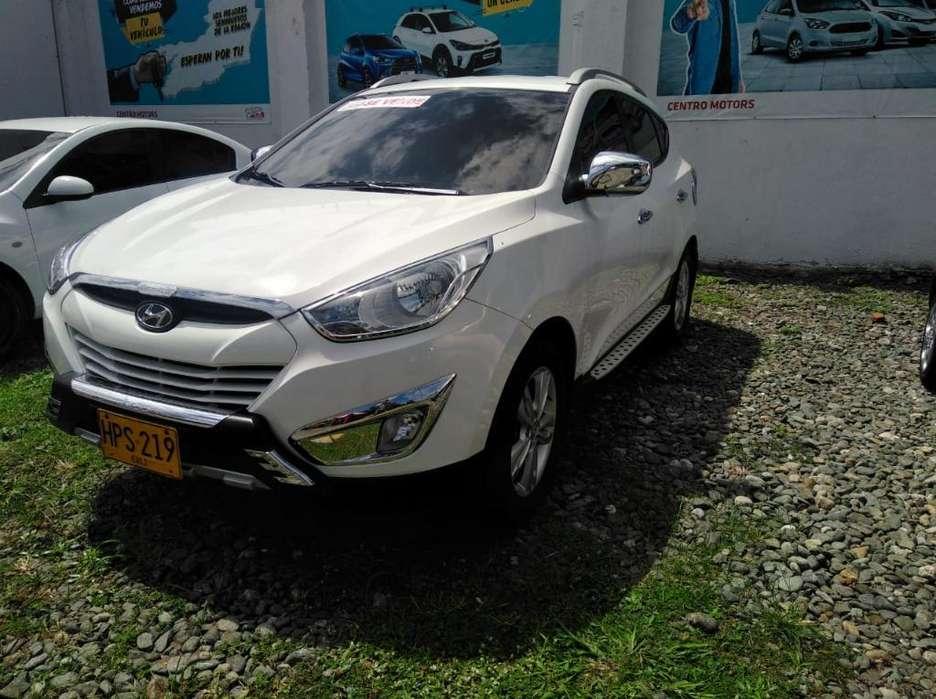 Hyundai Tucson ix-35 2014 - 51900 km
