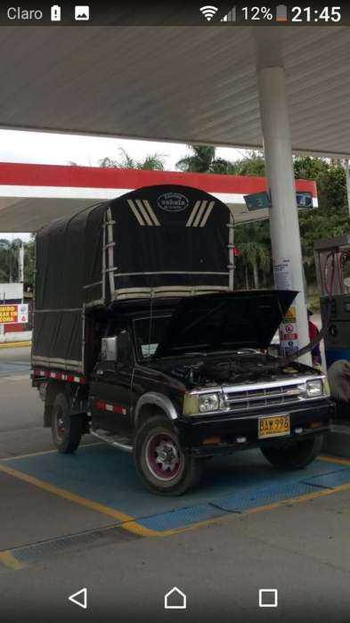 Vendo Mazda B 2000 Modelo 1990
