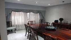 Vanta Casa tipo Chalet de 4 ambientes con cocheras