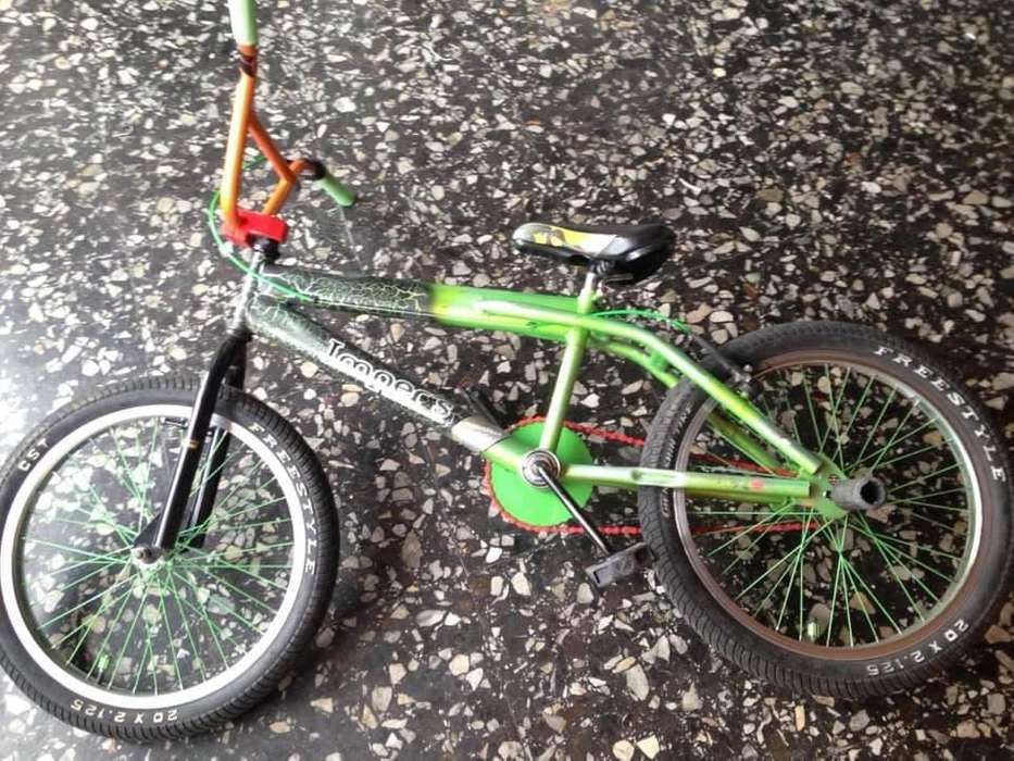 Vendo linda bicicleta cross