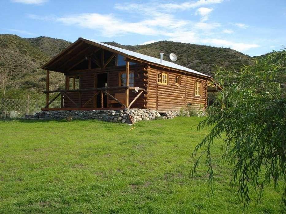 uu16 - Cabaña para 2 a 5 personas con cochera en Potrerillos