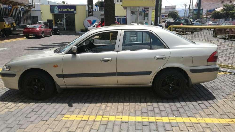 Mazda 626 2002 - 305000 km