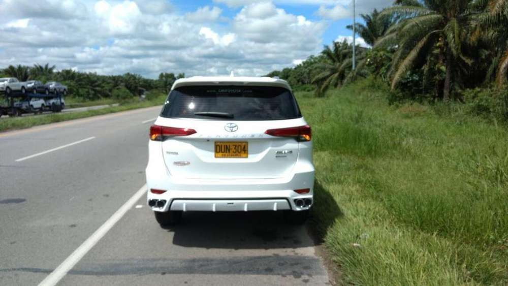 Body Kit para <strong>toyota</strong> Fortuner
