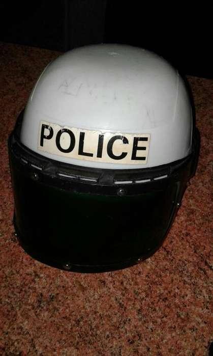 Casco de Policia Plástico