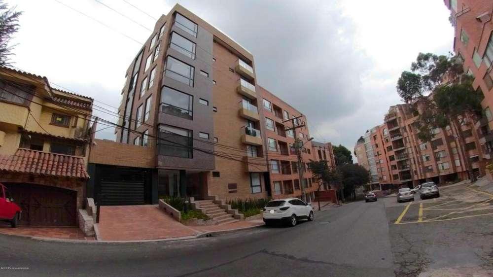 Apartamento Duplex en Chapinero Alto MLS #19-615 FR